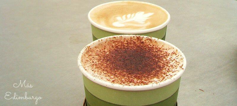 Tipos de café en Inglaterra Capuccino y Latte