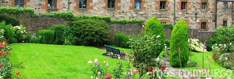 Jardines secretos de la Royal Mile Edimburgo