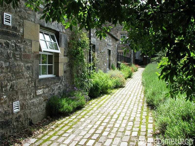 Jardin de Dunbars Close Edimburgo 7