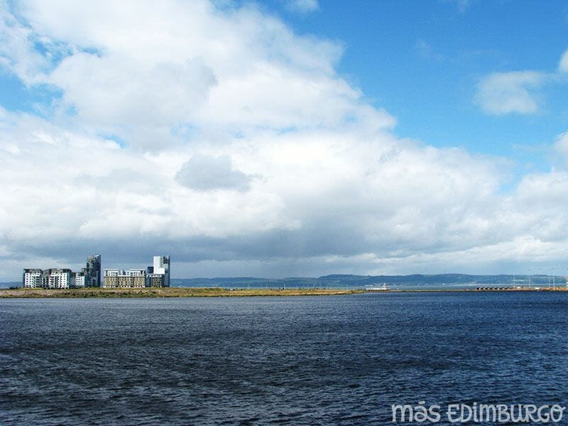 El mar en Edimburgo Ocean Terminal