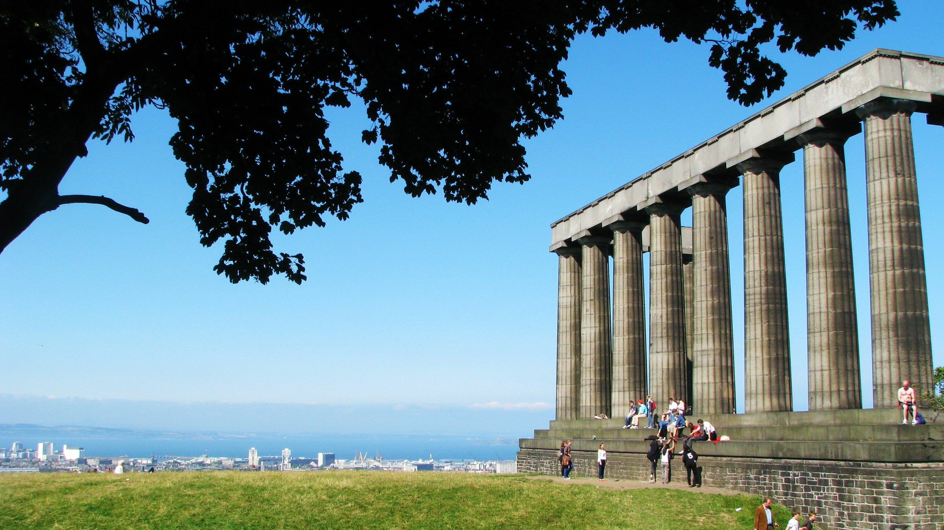 Calton Hill, vistas inconfundibles de Edimburgo