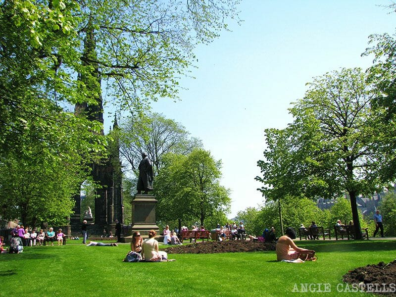 Primavera en Edimburgo Princes St