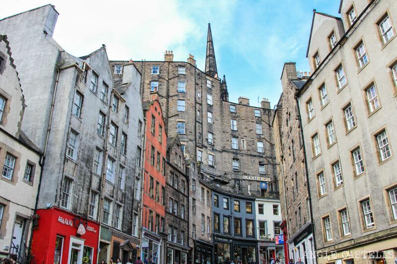 Victoria Street Edimburgo Old Town