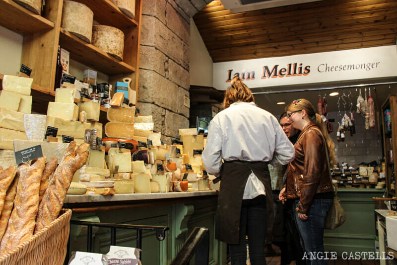 Victoria Street Edimburgo Old Town queso Mellis