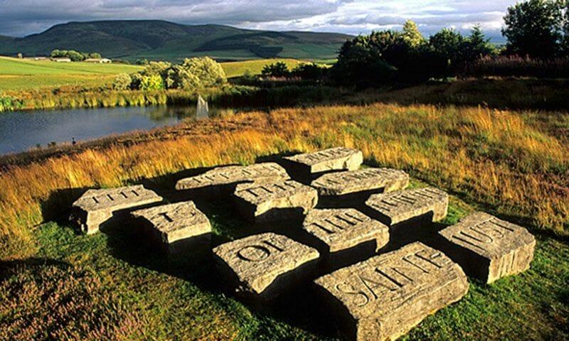 Jardines en Escocia Little Sparta