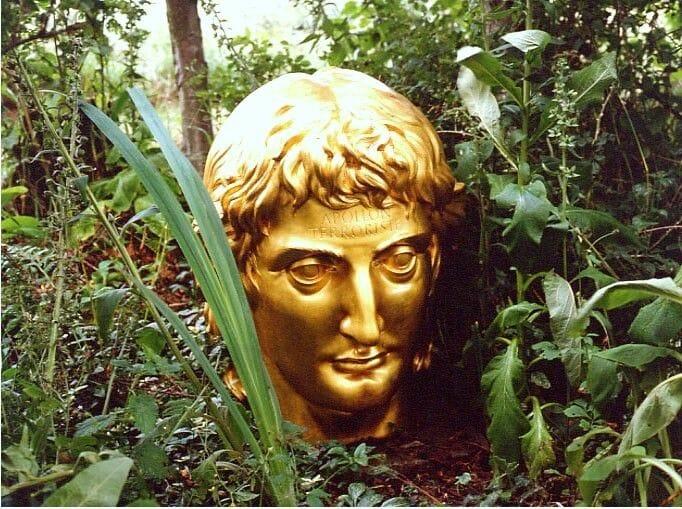 Jardines en Escocia Little Sparta 2