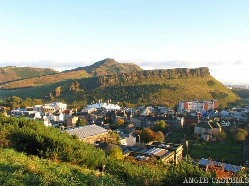 Calton-Hill-en-la-New-town-de-Edimburgo