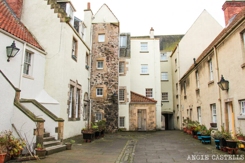 White Horse Close, un callejón con encanto en la Royal Mile de Edimburgo