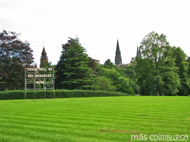 Visitar Dean Village y las Galerías de arte moderno, en Edimburgo