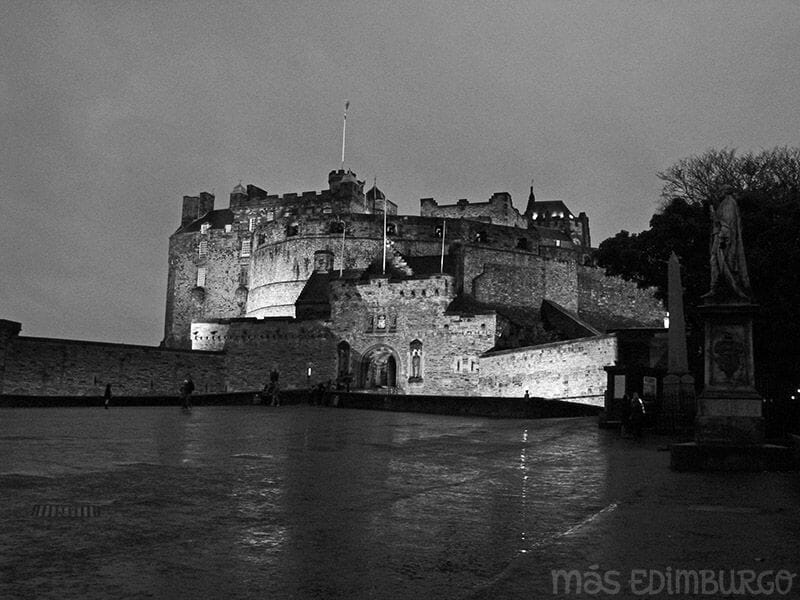 Leyendas de Edimburgo - El gaitero del Castillo