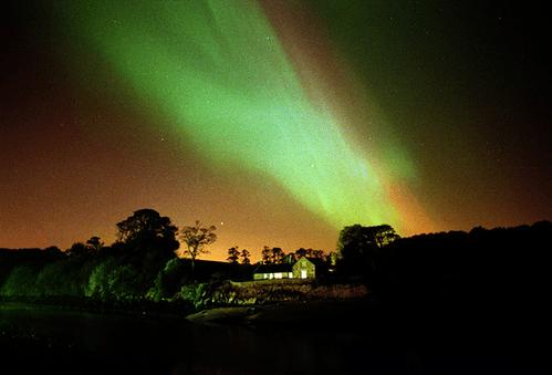 La Aurora Boreal en Escocia Mas Edimburgo Peter Urwin (1)