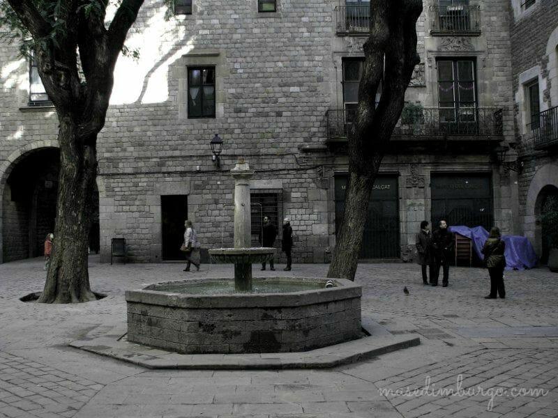 20 rincones magicos del Barri Gotic de Barcelona Mas Edimburgo (3)