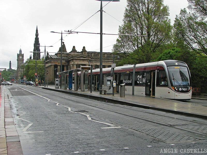 El tranvía en Edimburgo