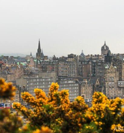 El tiempo en Edimburgo y qué ropa llevarte según la época