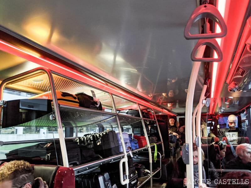 El bus Airlink de Edimburgo, para ir del aeropuerto al centro