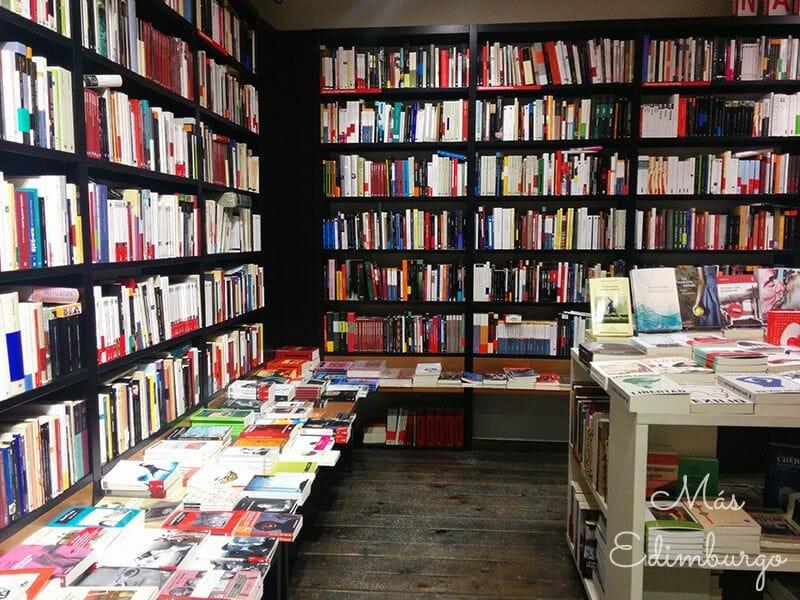 Librerias con encanto en el mundo Mas Edimburgo (11)
