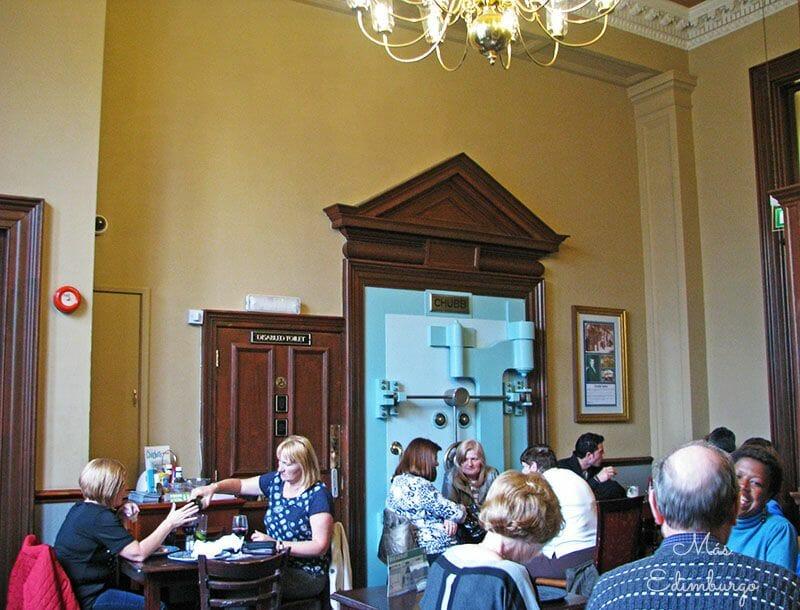 Comer en Edimburgo The Standing Order 4