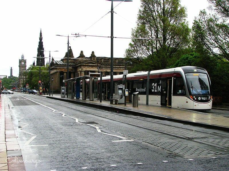 Cuanto cuesta viajar a Edimburgo3