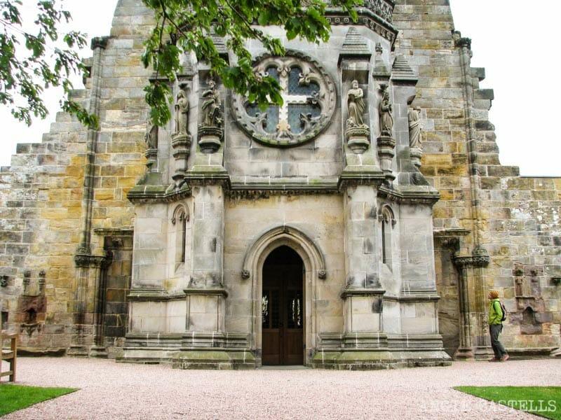 Visitar la capilla de Rosslyn desde Edimburgo