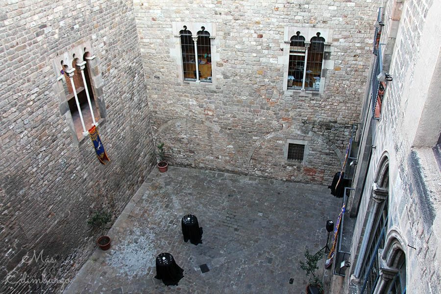 Barcelona Sopar medieval Palau Requesens