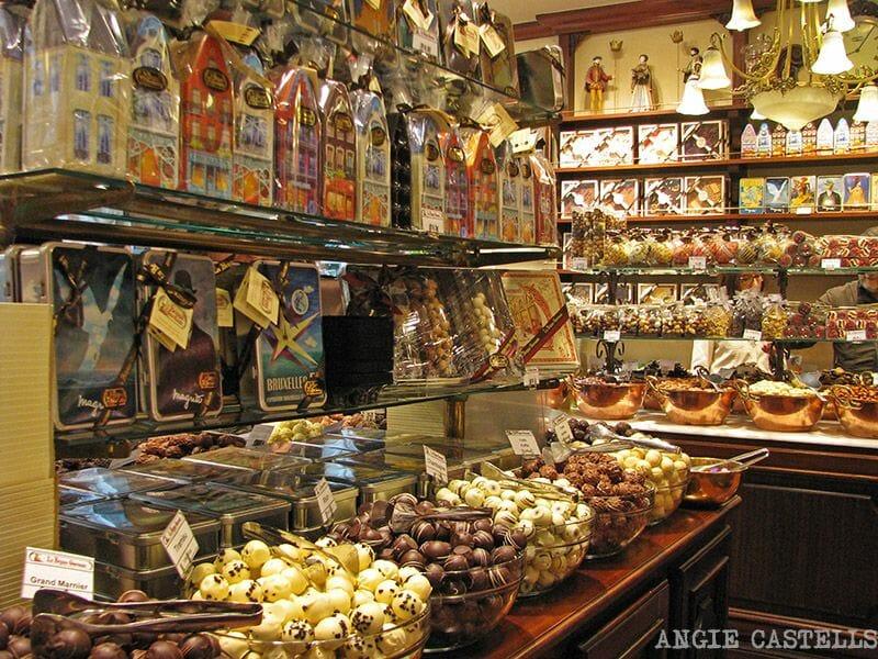 Comer chocolate bombones Bruselas