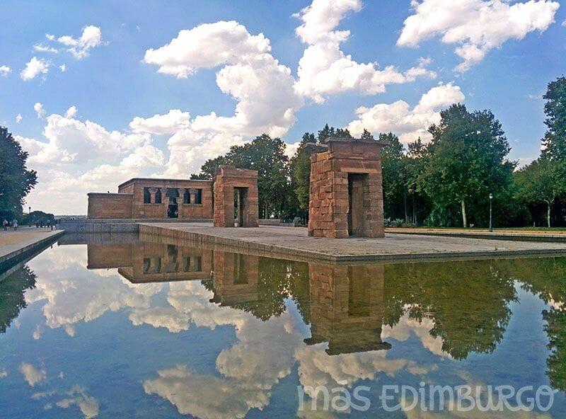 Un día en Madrid, Templo de Debod