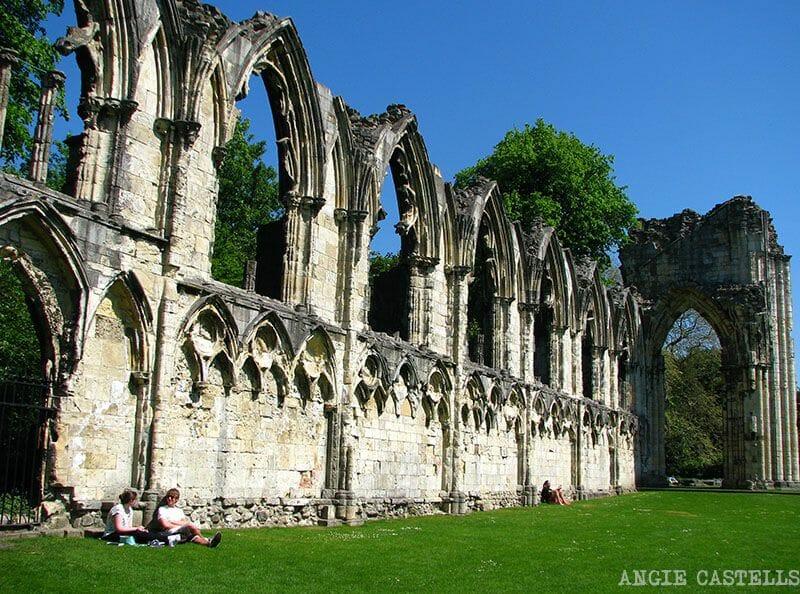 Visitar York St Mary Ruta por Inglaterra