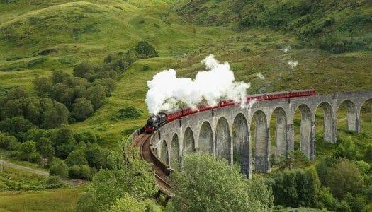 El viaducto de Glenfinnan y el tren de vapor Jacobite