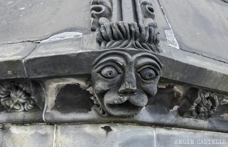 Subir a la catedral de St Giles Edimburgo