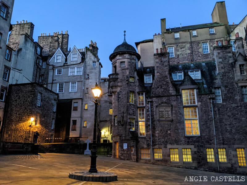 Que ver en Edimburgo en 2 dias - Lady Stairs Close y el museo de los escritores