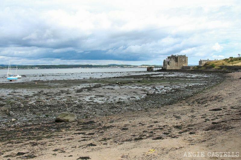 Visitar el castillo de Blackness en una excursión desde Edimburgo