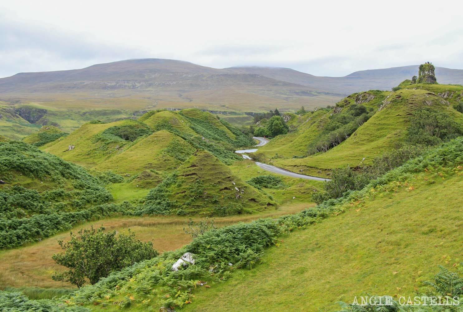 Fairy Glen donde viven hadas Escocia isla de Skye