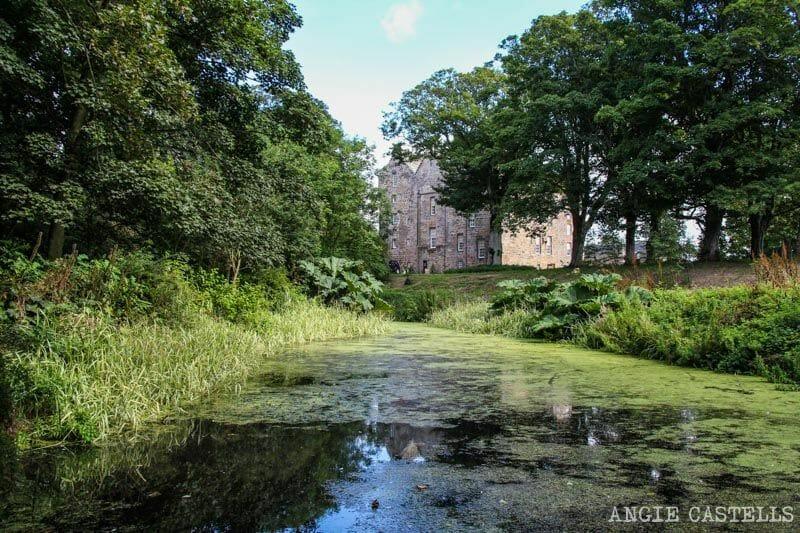 Ruta pueblos Fife Escocia Kellie Castle-1