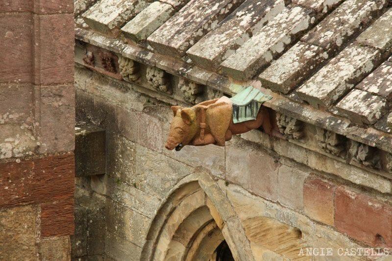 Ruta por los Borders de Escocia - La abadía de Melrose y el cerdo tocando la gaita