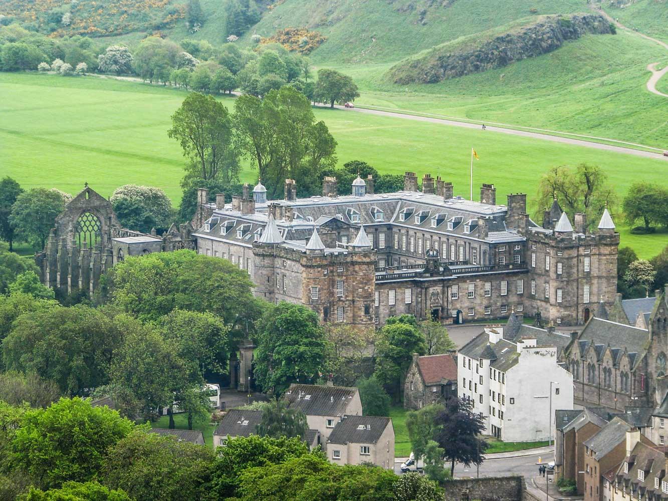 Ruta por los escenarios de Outlander en Edimburgo Holyrood Palace