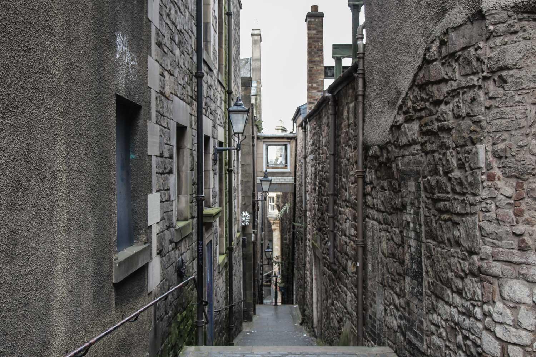 Ruta por los escenarios de Outlander en Edimburgo Anchors Close