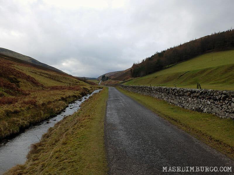 Ruta Pentlands Edimburgo Senderismo Loganlea Reservoir 2