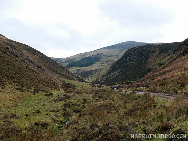 Ruta Pentlands Edimburgo Senderismo Black Hill