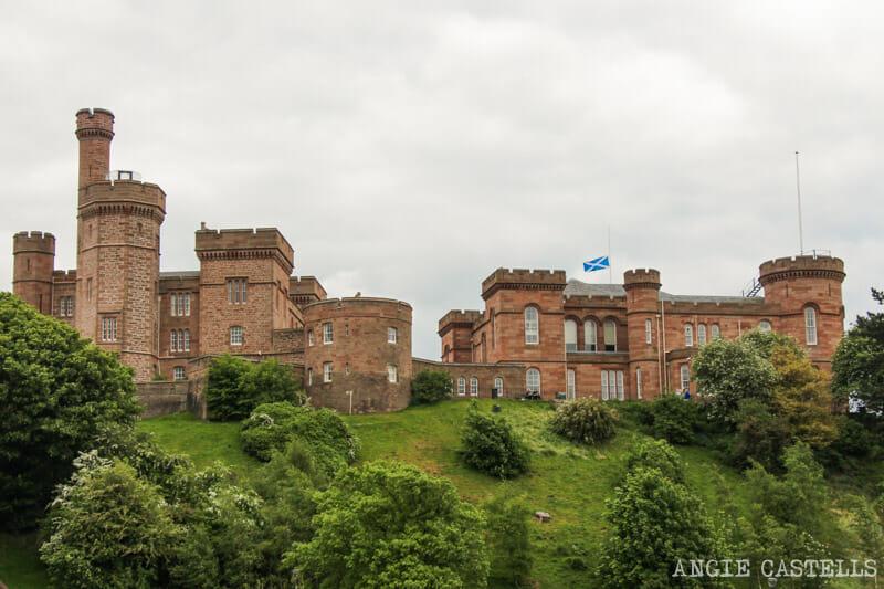 Qué ver en Inverness en un día: el castillo de Inverness y su observatorio