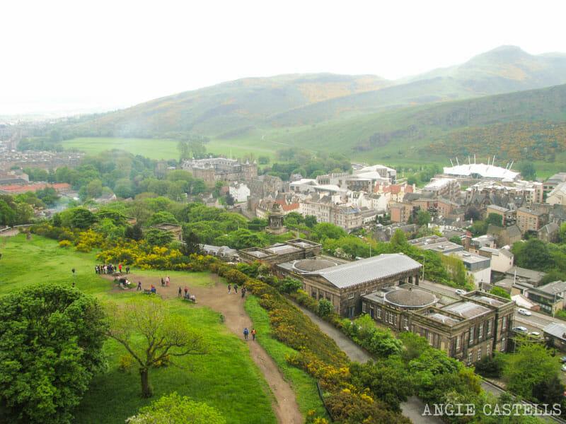 Dónde sacar fotos de Edimburgo: Calton Hill y el monumento a Nelson