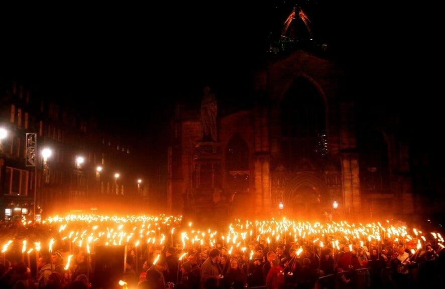 Desfile de antorchas, Hogmanay, Edimburgo - Más Edimburgo - Ideas originales de qué hacer y visitar en Edimburgo