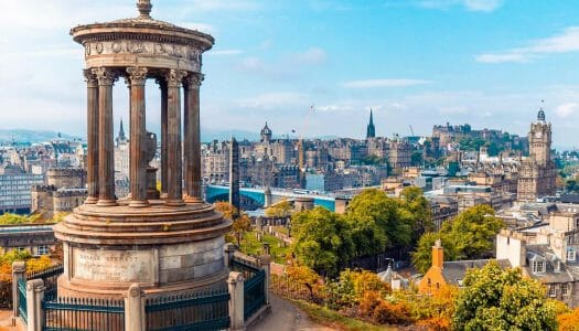 10 lugares imprescindibles en Edimburgo (y 10 alternativas)