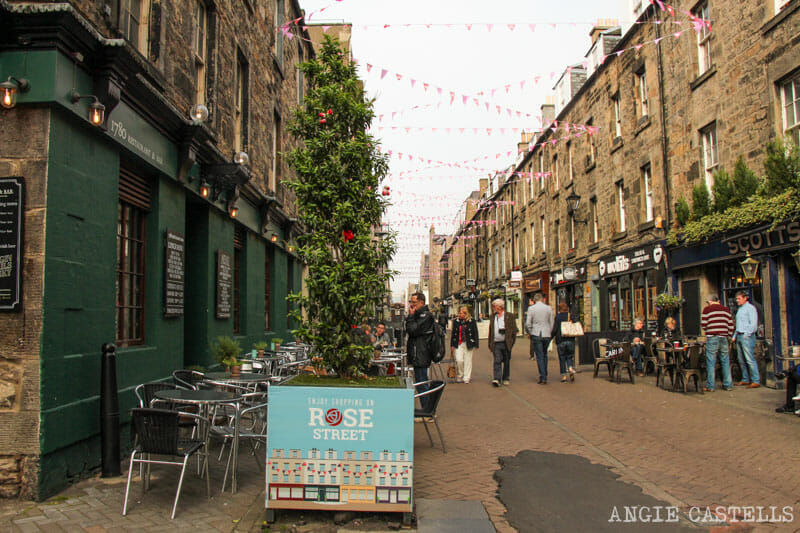 Top 10 lugares que ver en Edimburgo - Rose St New Town