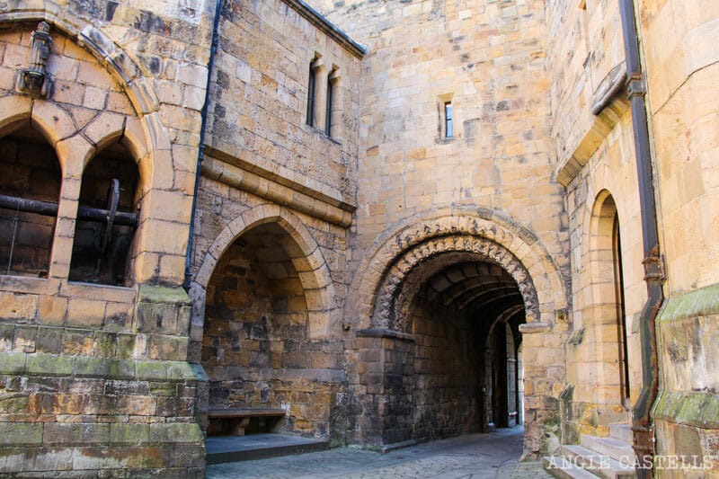 Interior del Alnwick Castle, escenario de Harry Potter y Downton Abbey