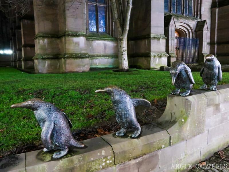 Las esculturas de los pinguinos de Dundee