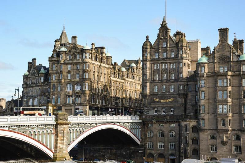 Las ciudades de Escocia - Edimburgo y puente North Bridge