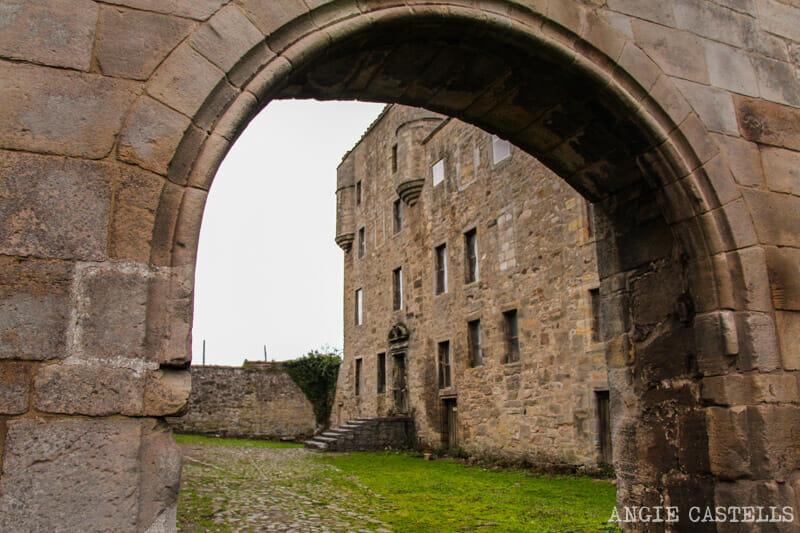 Visitar el Midhope Castle, Lallybroch en Outlander, en Escocia